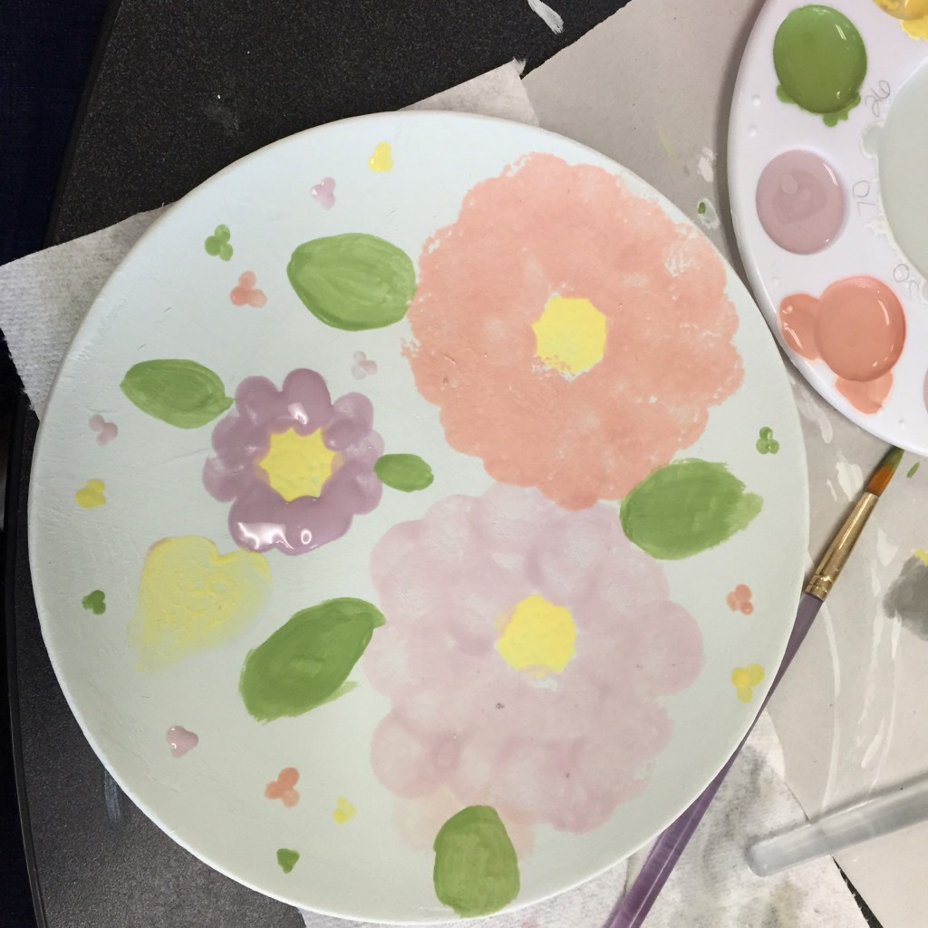 "Painting a ""M'Amy's Girls"" plate"